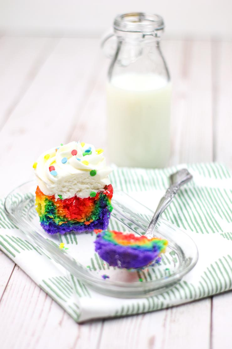 Rainbow Cupcakes With Buttercream Frosting